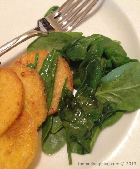 Fried polenta with spinach